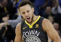 Currynin dönüşü muhteşem oldu