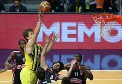 Fenerbahçe-Muratbey Uşak Sportif: 98-67