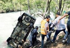 İki öğretmen kaza kurbanı