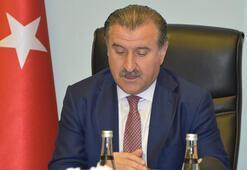 Osman Aşkın Bak: Kimsenin  tribünleri politikaya alet etmesine izin vermeyeceğiz