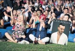Çim konserlerinde ünlüler söyleyecek