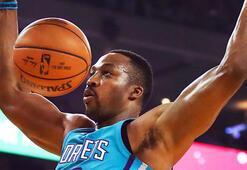 Son şampiyon Warriors evinde Hornetsa yenildi
