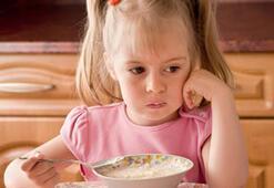 Çocuklara yemek yedirmek kabus olmaktan çıkıyor