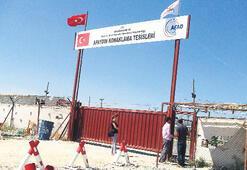 Sınırda 30 generalli esrarengiz kamp