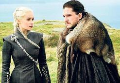 Jon Snow ile Daenerys yakınlaşıyor