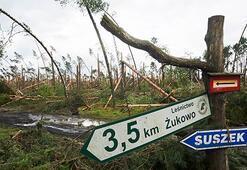 Polonyada fırtına: 4 ölü, 28 yaralı