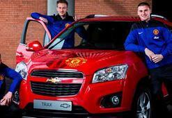 ManUlu oyuncular Chevroleti imzaladı