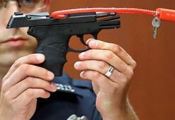 Siyah genci öldüren bekçi, silahını satışa çıkardı