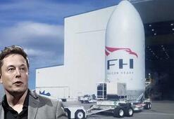 Elon Muskın Tesla Roadsterı Marsa gönderecek kapsülü göründü