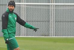 Bursasporda 1 ayrılık, 1 kiralık Resmen açıklandı...