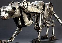 Bu robot Boltu solluyor