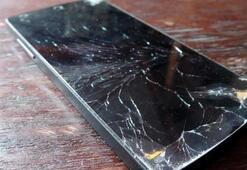 Motorola kendini iyileştirici ekrana sahip bir akıllı telefon üretebilir