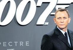 Bond emekliliği yine erteledi