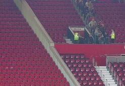 Manchester United-Bournemouth maçı terör alarmı nedeniyle ertelendi