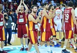 Galatasaray Liv Hospital sahnede