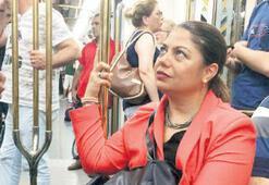 CHP'li vekil Altıok açılışa metroyla gitti