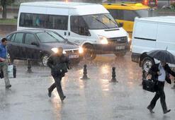 Son dakika: Meteoroloji uyardı İstanbulda sağanak ve dolu bekleniyor...
