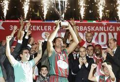 Pınar Karşıyakada kupa coşkusu