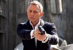 Daniel Craig 299 milyon TLyi geri çevirdi