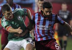 Mehmet Ekicinin dizlik ve ayakkabı uğuru