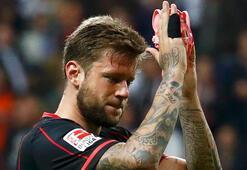 Alman futbolcu tümörle maça çıktı
