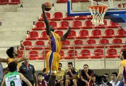 Torku Konyasporda basketbolculara tebrik
