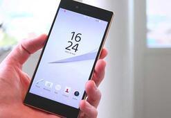 Sony su yüzünden hasar gören telefonlara yüzde 50 geri ödeme yapacak