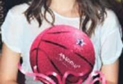 Pembe Kurdele kanser sigortası, Beren'in pembe basketbol topu