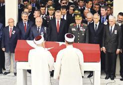 Paşa'yı devlet uğurladı