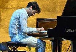 Bodrumda Mauricio Vallina konseri