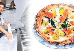 Boğaz'a nazır pizza