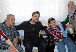 Trabzonspor Kaptanı Onurdan anlamlı ziyaret
