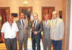 Altın Karınca ödülü Edremit Belediyesi'nin