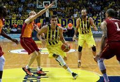 Fenerbahçe - Galatasaray Odeabank: 93-79