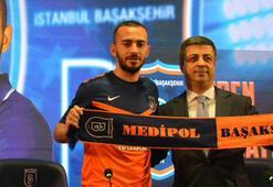 Başakşehir milli futbolcu Eren Bayrak ile 3 yıllık sözleşme imzaladı