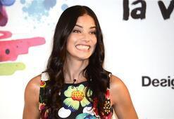 Adriana Lima rengarenk