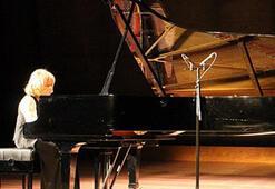 İdil Biretten UNESCOda piyano resitali