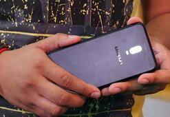Samsungun çift arka kameralı modeli Galaxy J7+ videoda göründü