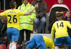 Newcastle 40 yıl sonra ManUyu yendi