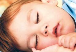 Bebeğinizi eğitin, kendi başına uyusun