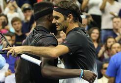 Federer çok zorlandı, Kerber elendi