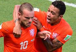Sneijder gidiyor 3 yıldız geliyor