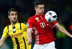 Bayern Münih, Lewandowski'yi bırakmıyor