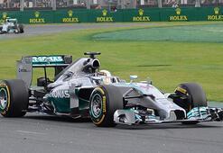 Mercedes Formula 1de 3te 3 yaptı