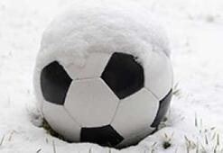 Futbola kar engeli