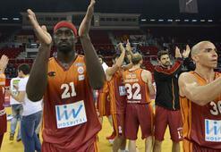 Galatasaray kuradan memnun