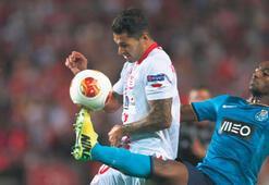 Porto'nun Quaresma'sını Sevilla çizdi