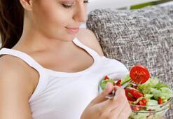 Hamileyken az yemek de zararlı