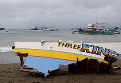 Filipinlerde tayfun 8 kişinin ölümüne neden oldu