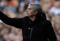Mourinhoya 80 milyon sterlin